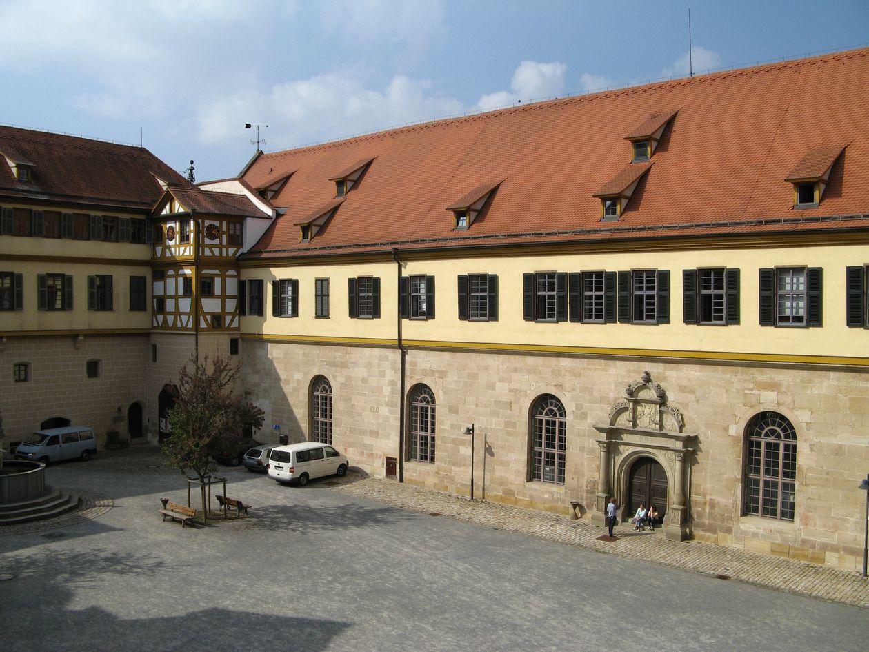 Uni Tübingen Archäologie